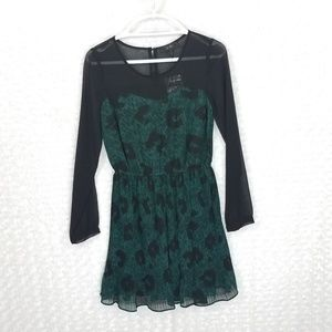 Jessica Simpson Sheer Black/Green  Long Sleeve